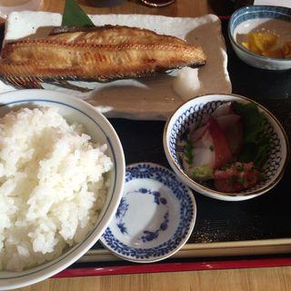 焼魚定食(海鮮炭火焼 浜笑 )