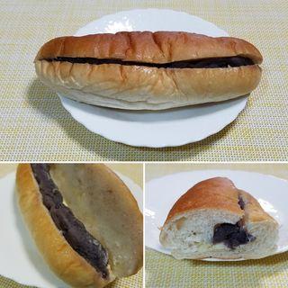 もっちり生地のコッペパン~粒あん&マーガリン(コモディイイダ赤塚新町店)