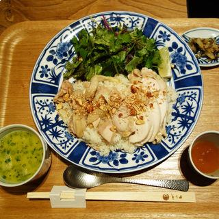 シンガポールチキンライス(博多水炊き とり田 薬院店)