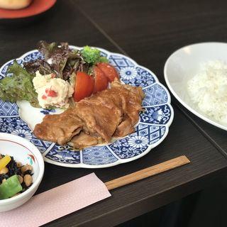 生姜焼き定食(くりくり)