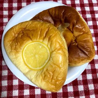 レモンクリームパン