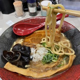 濃厚豚骨ラーメン(麺匠克味)