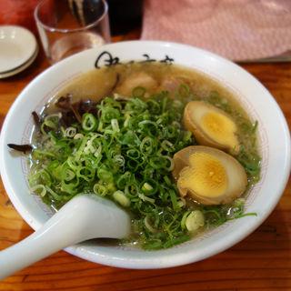 煮卵ラーメン(ラーメンSHOP 祭尾商店(まつおしょうてん))