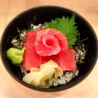 鉄火丼(ぎょしん 都立大学店 (魚臣))