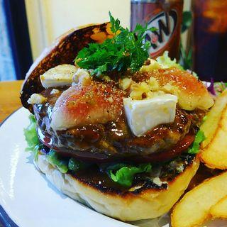 いちじくとカマンベールのハンバーガーすだちみそソース(HELLO NEW DAY Hamburger)