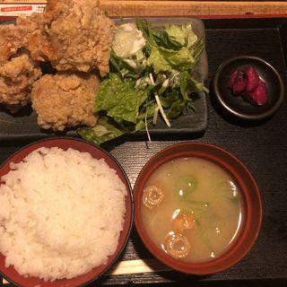 一途な唐揚げ定食(水炊き・焼き鳥 とりいちず 大井町西口店 )