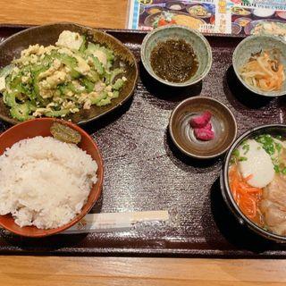 竹富島定食(竹富島)