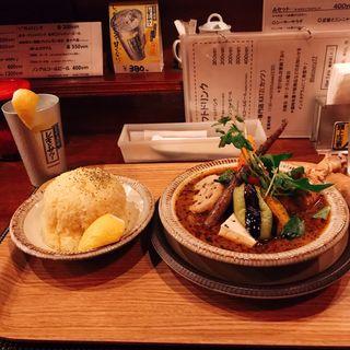 鶏もも1本とお野菜のスープカリー(KATZ (カッツ))