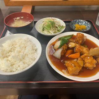 酢豚定食(双龍苑 十番町店 (ソウリュウエン))