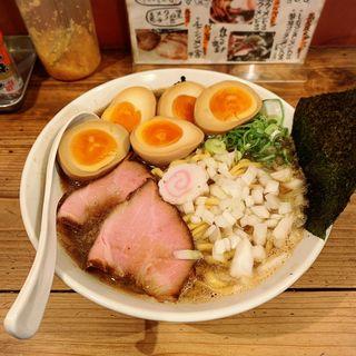 濃厚煮干し豚骨醤油(井田商店 )