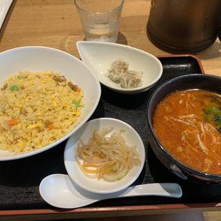 五目炒飯と坦々麺(恵比寿餃子 大豊記 五反田)