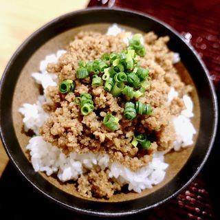 ミニ肉そぼろ丼(うどん第六感)