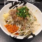 汁なし豚そば(限定)(麺屋とがし 龍冴 )