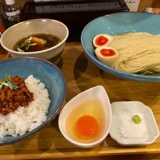 淡麗昆布水つけ麺(いかれたヌードル フィッシュトンズ (いかれたNOODLE Fishtons))