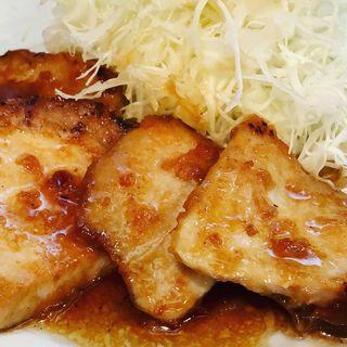 しょうが焼き定食(梅八 阪急三番街店  (うめはち))