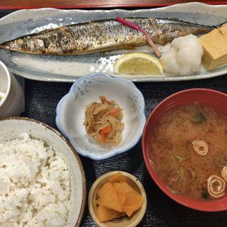 さんま塩焼(週替わり魚定食)