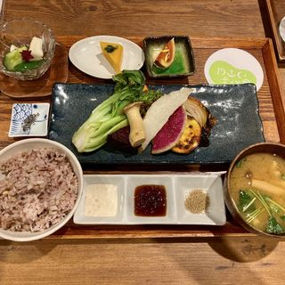 旬のお野菜グリル定食
