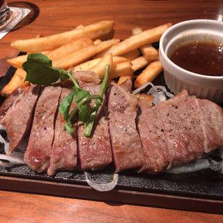 おつまみサーロインステーキ(銀座ライオン 一番町店 )
