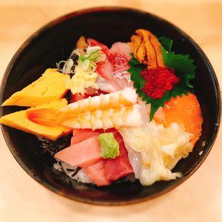季節の魚丼(ぎょしん 都立大学店 (魚臣))