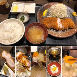 上ロースとんかつ定食(牛かつもと村 西新宿店)