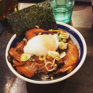 炙り肉ご飯(斑鳩)