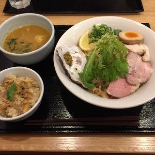 牡蠣つけそば(麺屋 貝原)