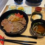 和牛のすき焼き膳