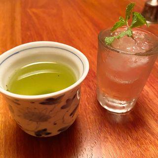 ミントと緑茶のカクテル(Bar Spumoni)