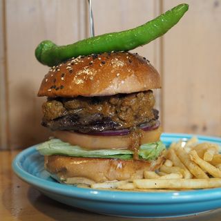STICKY FINGERS BURGER(The Burgerlion-バーガリオン)