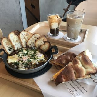 Baked Eggs with Porcini(スターバックスリザーブロースタリー東京)
