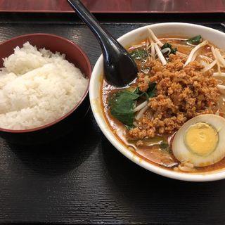 坦々麺(大連飯店 (ダイレンハンテン))