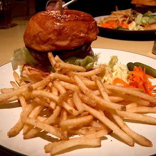 ハンバーガー(150g)(ブルックリンパーラー新宿)