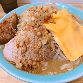 メン200ヤサイマシチーズトピ(ラーメン 工藤)