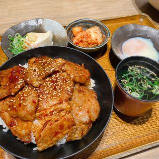 神戸牛のおぼ丼(おぼや 元町店 )