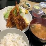 ミックスフライ定食(寿司吉 )