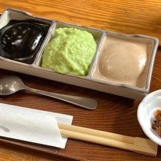 三色餅(村上屋餅店 (むらかみやもちてん))