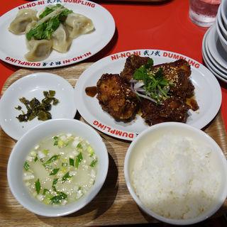 台北唐揚げ定食(餃子屋 弐ノ弐(にのに) ソラリアプラザ店)