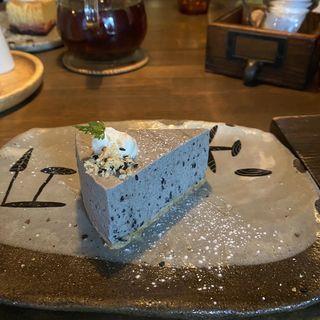 黒ごま レアチーズケーキ(CAFE KESHiPEARL(カフェケシパール))