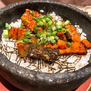 鰻の石焼きご飯 ひつまぶし風