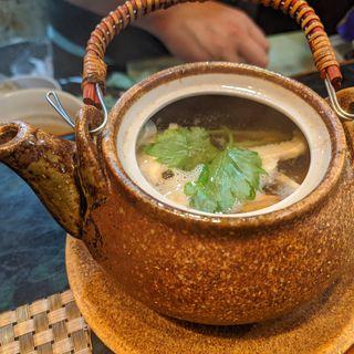 真鯛と松茸の土瓶蒸し(ささめ)