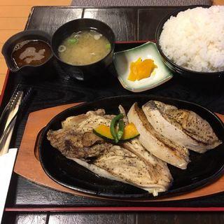 メカジキのカマトロステーキ定食(北かつまぐろ屋 田中前店 )