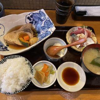 カジキ煮付と刺身(魚や きてれつ )
