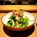 梅山豚と無花果、マッシュルームのサラダ