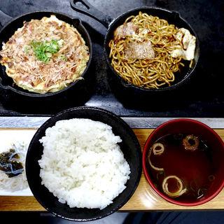 ハーフ&ハーフ定食(お好み焼き 神明 )