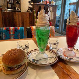 モッツァレラバーガー(cafe Hohokam (カフェ ホホカム))
