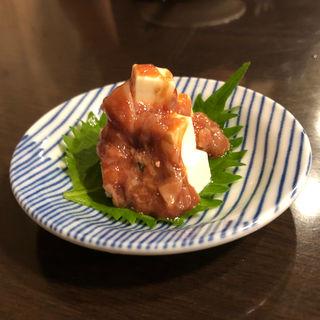 酒盗クリームチーズ(きわだち)