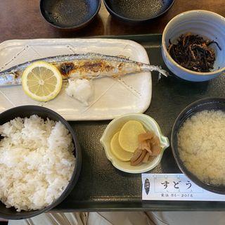 新秋刀魚塩焼き定食