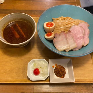 スパイスつけ麺(いかれたヌードル フィッシュトンズ (いかれたNOODLE Fishtons))