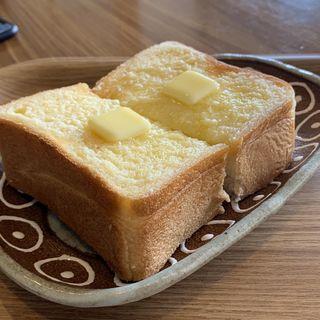 厚切りバタートースト(喫茶 みくり)