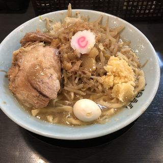 ラーメン、生卵、ニンニクアブラマシ(自家製麺No11)